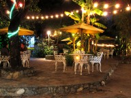 Jardin Escondido by night