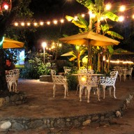 Jardin Escondido by night