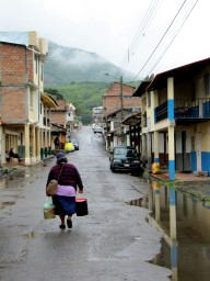 Woman selling choclo, Vilcabamba town